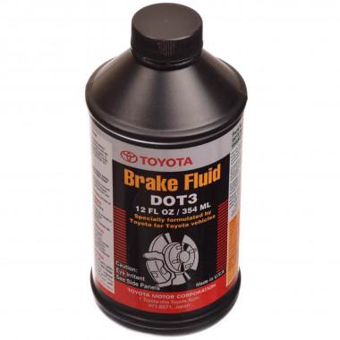Тормозная жидкость Toyota Brake & Clutch Fluid DOT-3 0,354 литра.